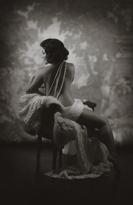ThemePics010919_0013_1920s Nudes